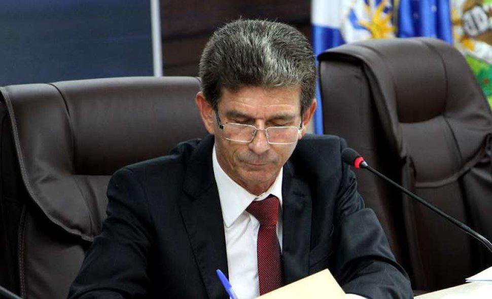 Vereador Pedro Francez faz indicação ao prefeito sobre Auxílio Emergencial Municipal para famílias carentes