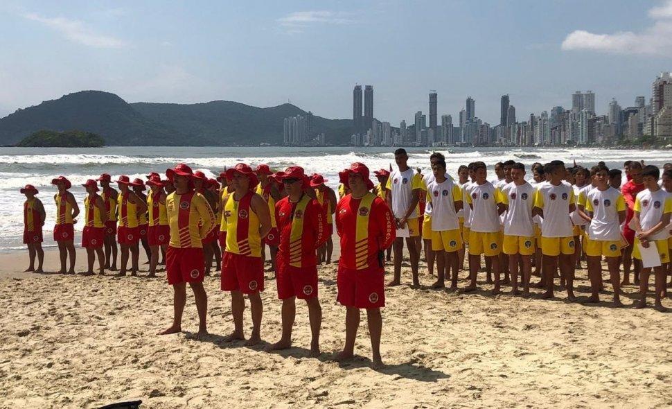 Abertas as inscrições para quem deseja atuar como guarda-vidas em Balneário Camboriú