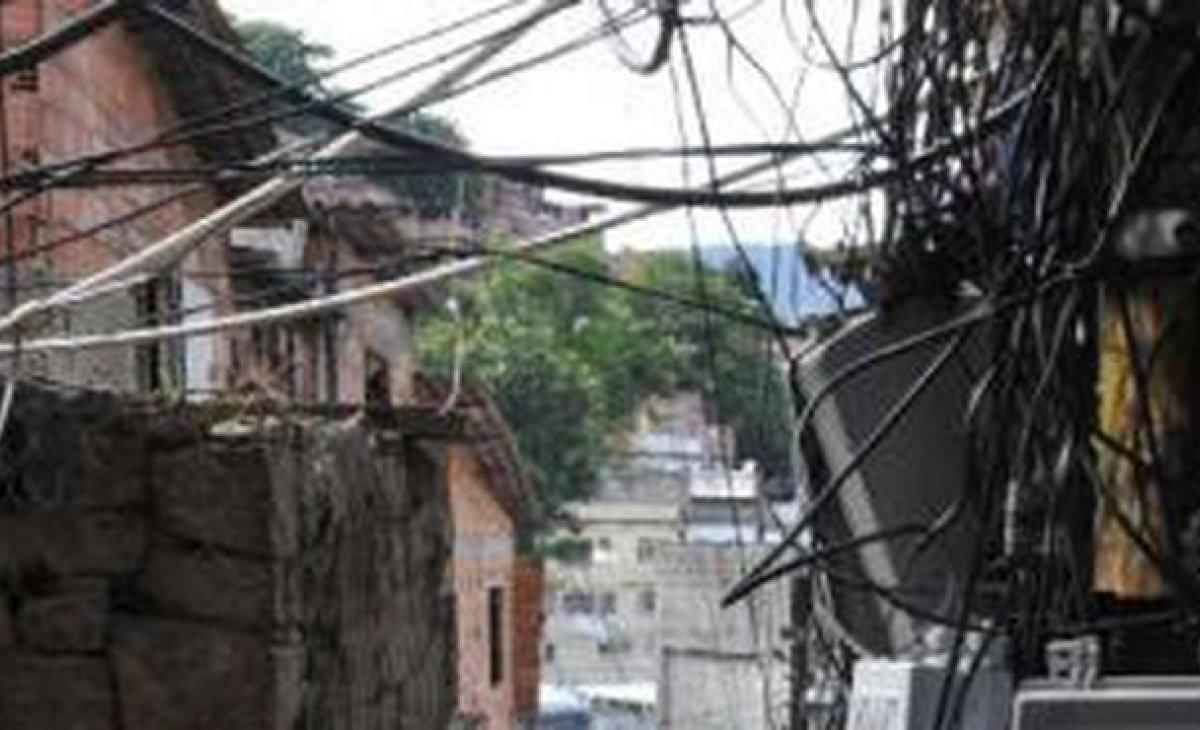 Estudo aponta que milícias dominam 57% da área do Rio