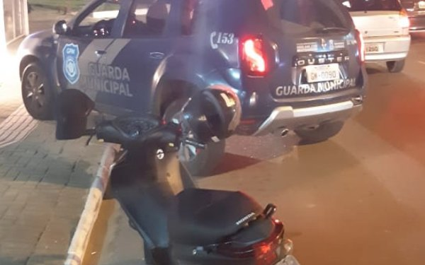 Giro da Guarda Municipal: moto roubada, foragido e furto de protetor solar