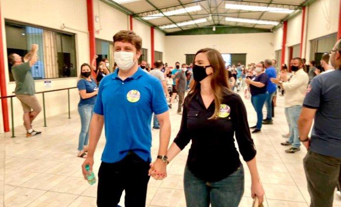 Fabrício e Carlos Humberto conquistam com folga a reeleição em Balneário Camboriú