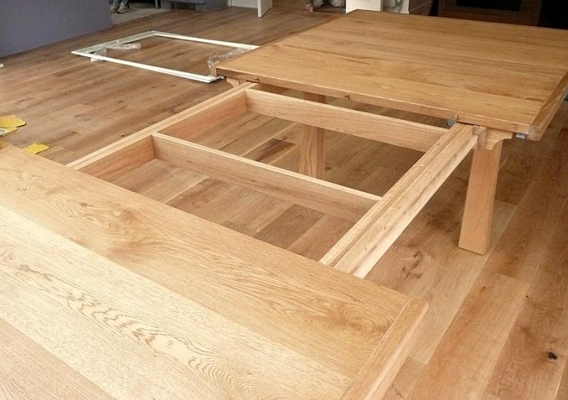 Oak extendable table construction detail