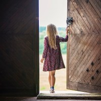 When no one was looking, she opened the door: Using narrative tenses