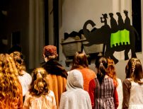 The Kings leave with Amahl