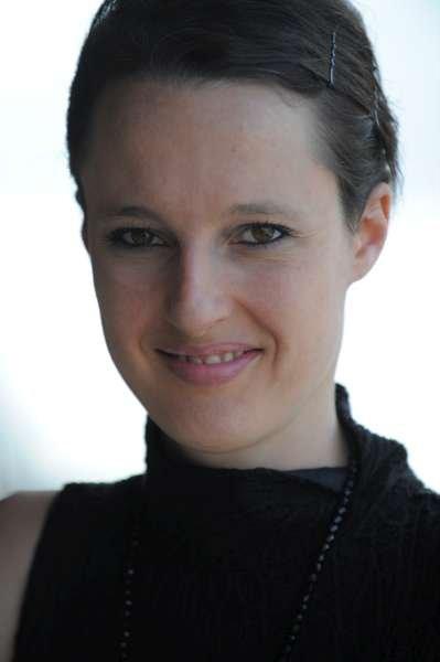 Claire Betis | Designer & Writer