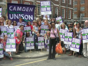 Camden Unison members on strike over pay in 2008