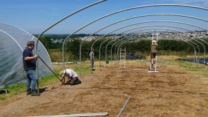 moving-polytunnel2-treraven-camelcsa-040719