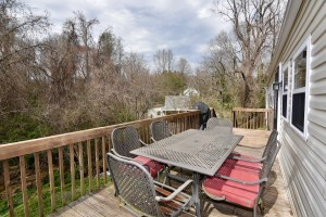 866 Magnolia St Ardmore WS For Sale back deck