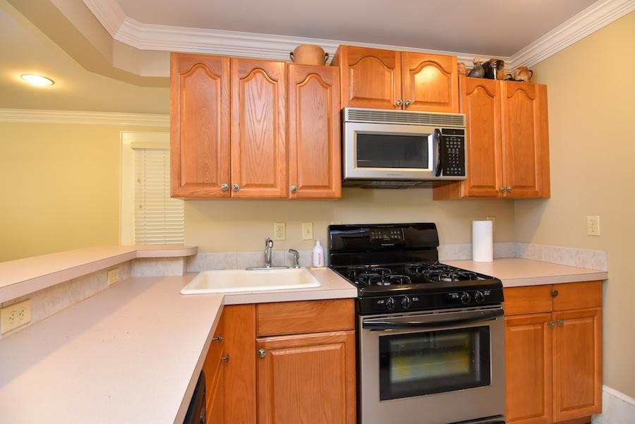 New Listing, 426 Carolina Circle in Buena Vista, Winston Salem. Garage apartment kitchen.