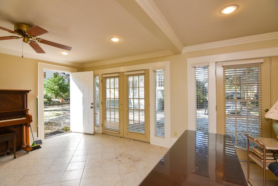 New Listing, 426 Carolina Circle in Buena Vista, Winston Salem. Garage apartment.