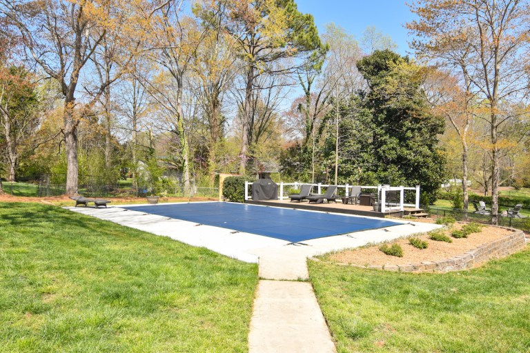 3979 Quilling Road For Sale, pool