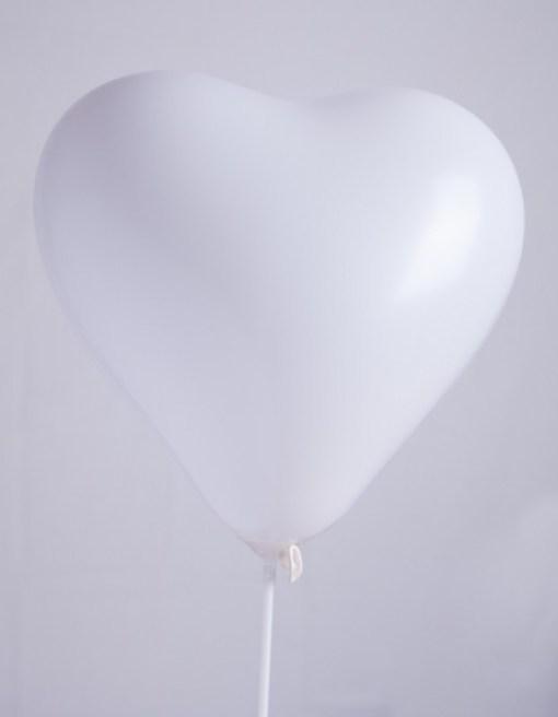 ballons par 10 coeur blanc