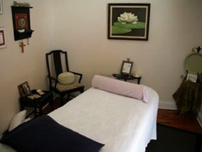 Body work massage room - Camelia House - Acupuncture Center of Acadiana