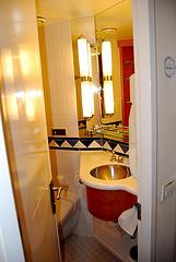 toilet-ajp