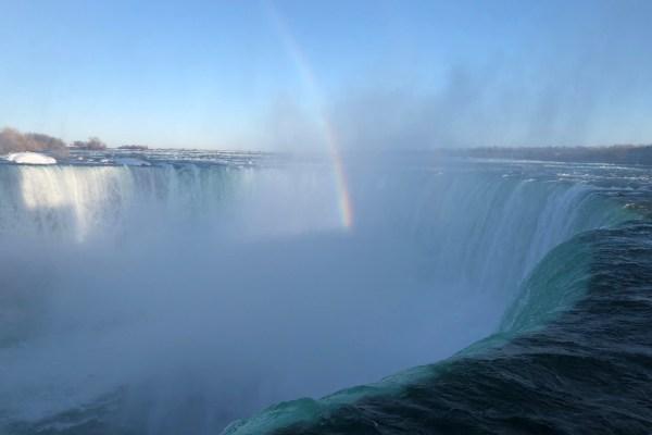 Horseshoe Falls with rainbow Niagara