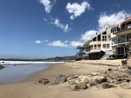 Beachfront properties in Malibu