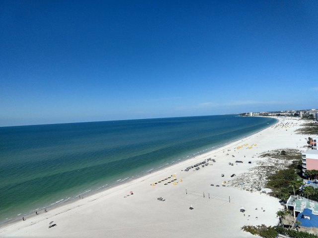 Looking North on St. Pete Beach amanderson2