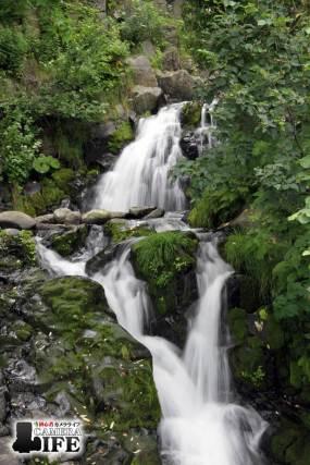 知床三段の滝