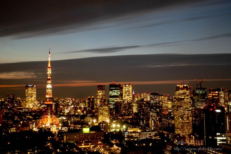 夕焼けの東京タワー