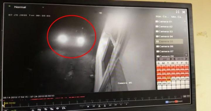 घर के बाहर से कार हुई चोरी, दो नकाबपोश कैमरे में कैद