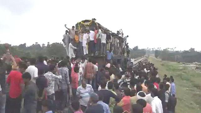 रेल इंजन चलाकर अलीराजपुर तक लिया गया ट्रायल
