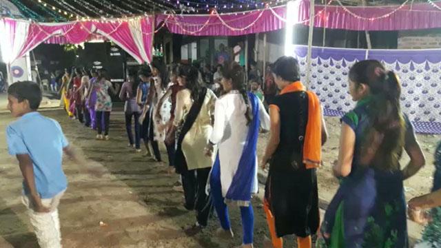 सरूपगंज में नवरात्रि पर गरबा महोत्सव आयोजित हुआ
