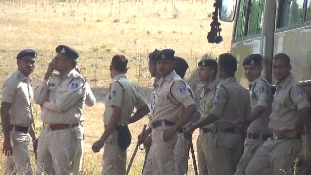 विदिशा जिले में बड़ी कार्रवाई, ग्राम फतेहगढ से 9 हजार किलो महुआ लहान जब्त