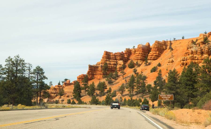 Red Canyon rock formations along road
