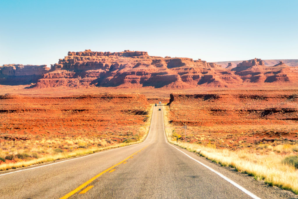 Driving from Mexican Hat towards Bluff, Utah