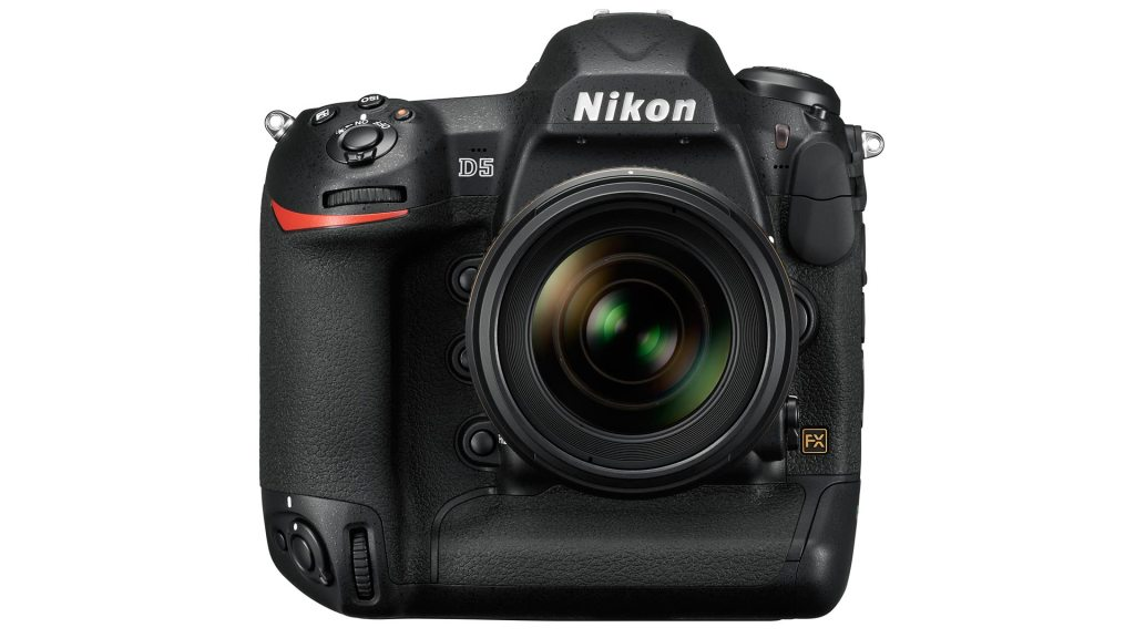 Nikon_D5_35_1.4_front.high