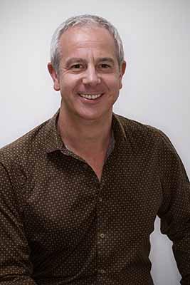 Damien Demolder