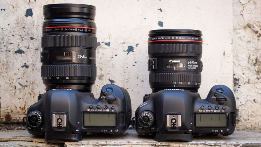 Canon 5D Mark III left vs Canon 5D Mark IV right