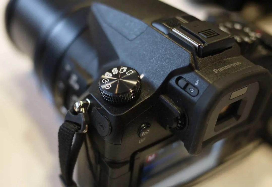 Hands-on Panasonic FZ2000 Review: Early Verdict