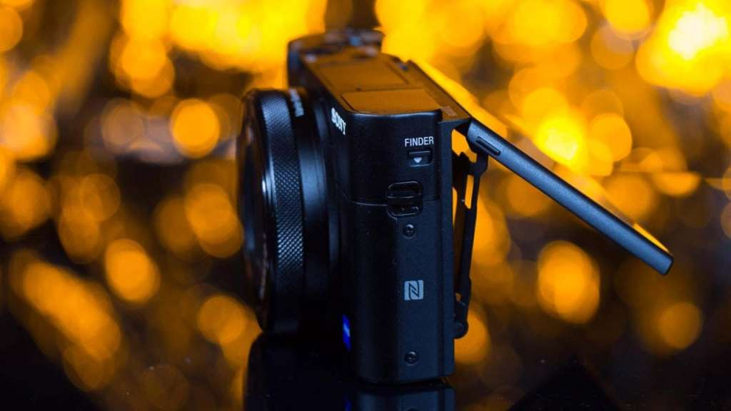 Sony RX100 VHands-on Sony RX100 V review: Build and handling