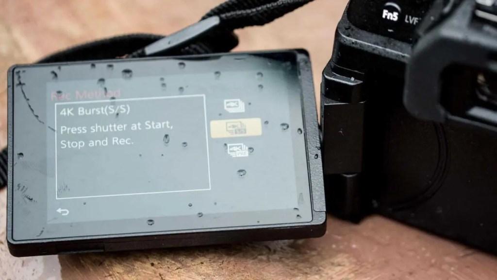 Panasonic G80 vari-angle screen