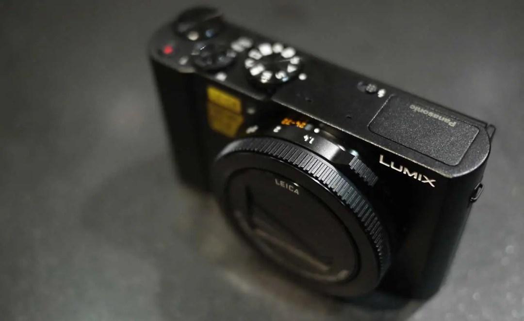 Panasonic LX15 / LX10 review: Build & Handling