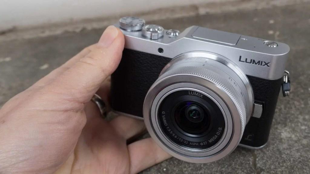 Panasonic GX800 front