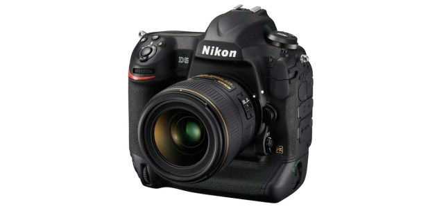 Nikon adds recall shooting functions to D5 with firmware 1.30