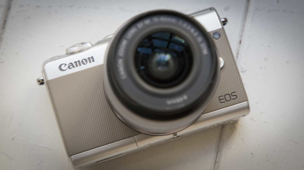 Canon EOS M100 review front of camera