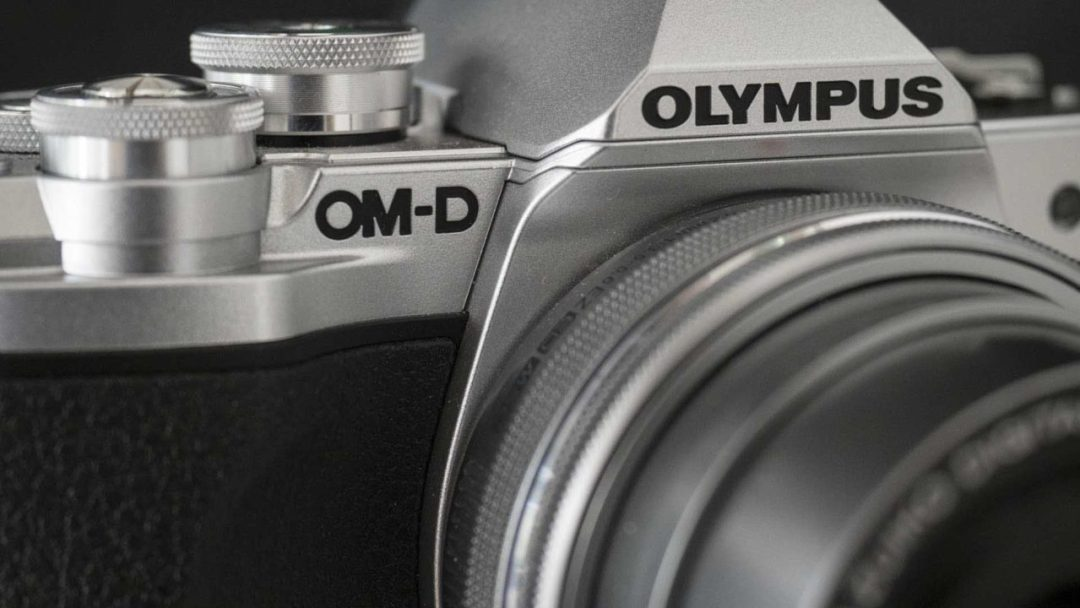 Olympus OM-D E-M10 MarkIII Review - OM-D badge