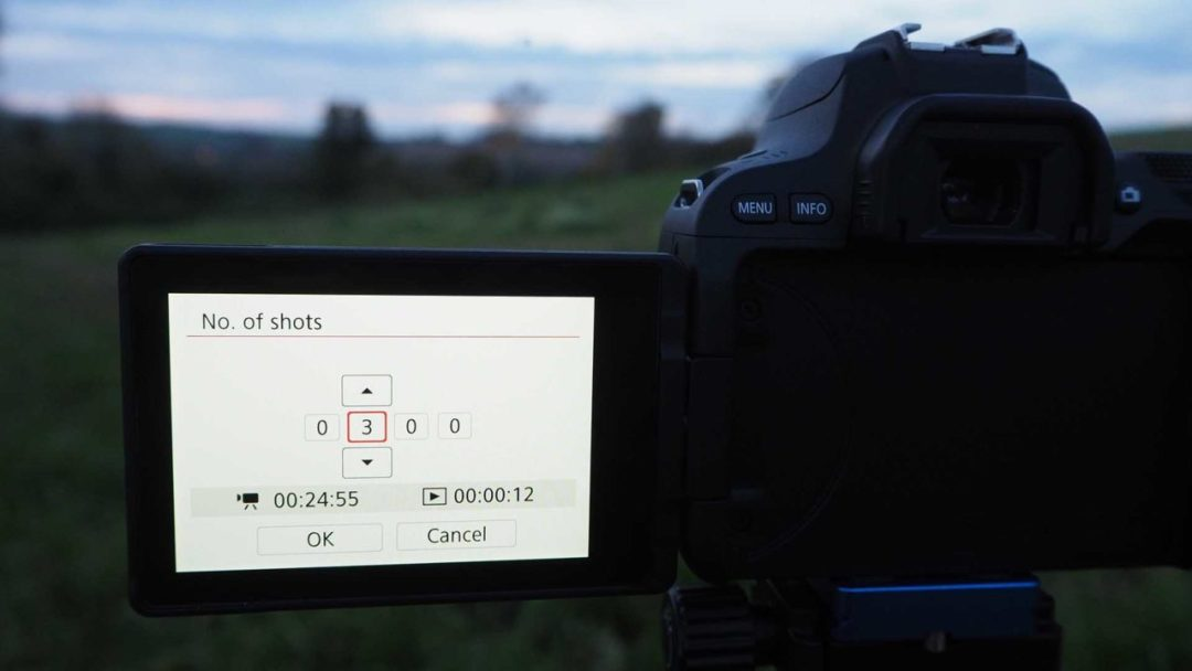 How to set up a timelapse on the Canon EOS 200D / Rebel SL2: set the number of shots