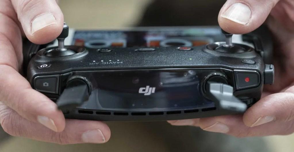 DJI Mavic Air Review: The controller
