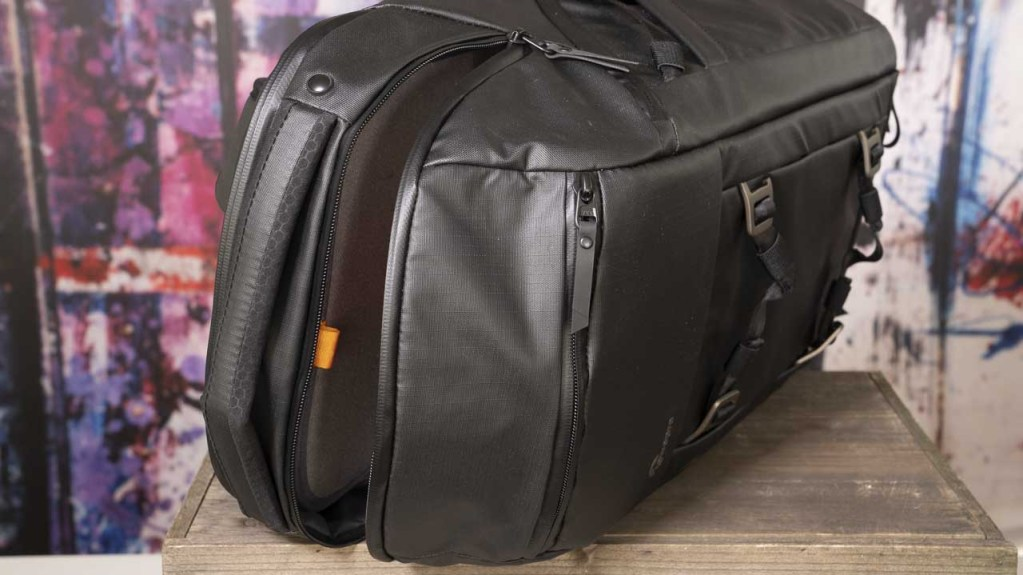 LowePro Freeline BP 350 AW Backpack review