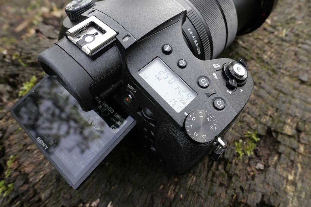 Sony RX10 IV Review: performance