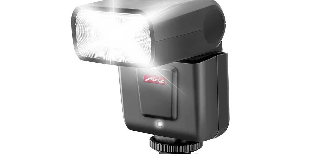 Compact Metz Mecablitz M360 flash revealed