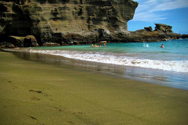 Аренас Вердес - пляж Папаколеа (Papakolea Beach или Mahana Beach), Гавайи
