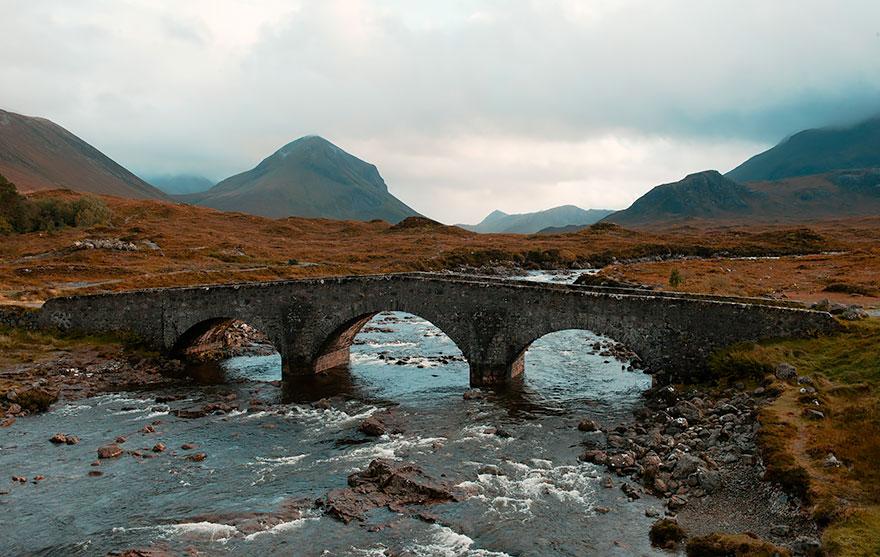 Старинные загадочные мосты со всего мира - 40 фото - 26