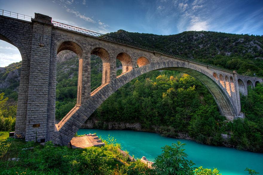 Старинные загадочные мосты со всего мира - 40 фото - 37