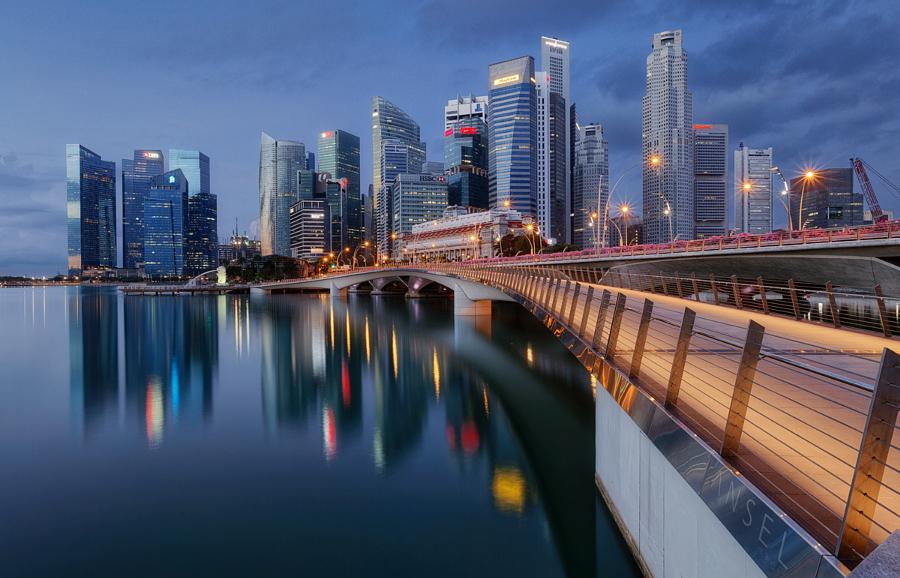 Сингапур 104