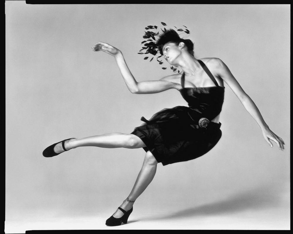 Стефани Сеймур в фотосерии Ричарда Аведона «La Passante Du Siecle» 1